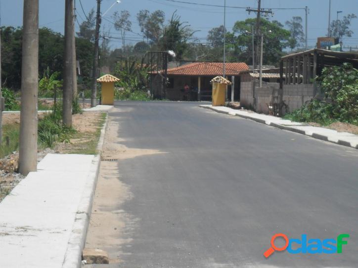 Excelente terreno de 450 m2, em rua asfaltada a 150 m da rodovia de frente a entrada de Praia Seca 2