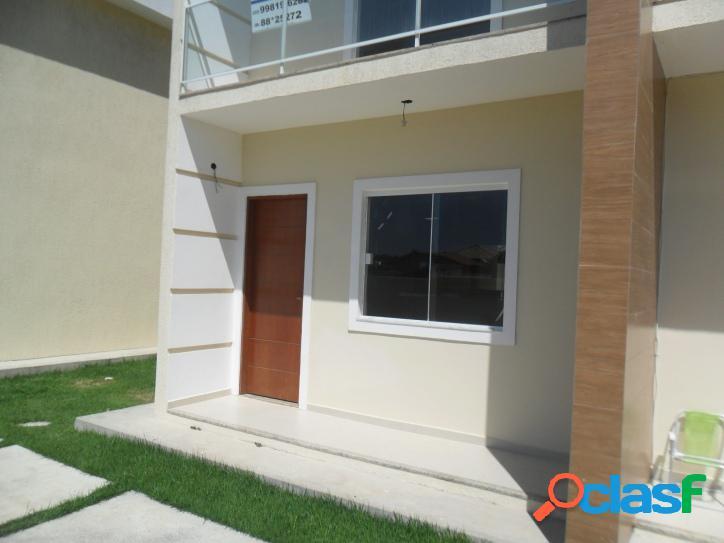 Linda Casa Duplex a venda tem 70 m2 e 2 quartos(sendo 1 com sacada) em Iguabinha - Araruama - RJ. 2