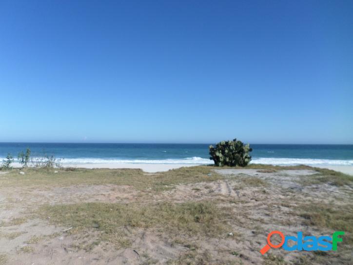 Terreno espetacular frente ao mar com 600m²