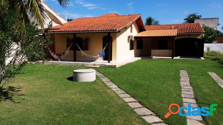 Casa para venda tem 110 metros quadrados e 3 quartos em praia sêca - araruama - rj.