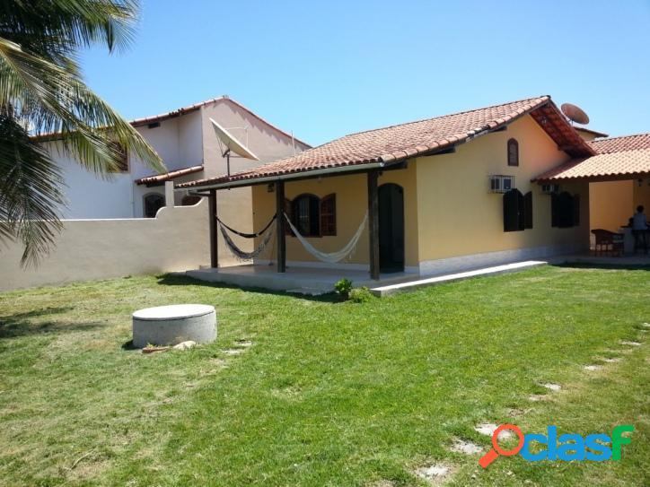 Casa para venda tem 110 metros quadrados e 3 quartos em Praia Sêca - Araruama - RJ. 2