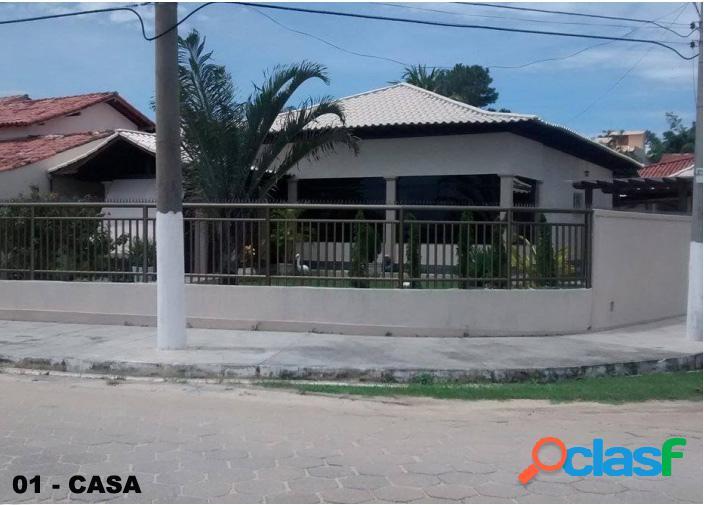 Casa frente à Lagoa, bairro Pontinha