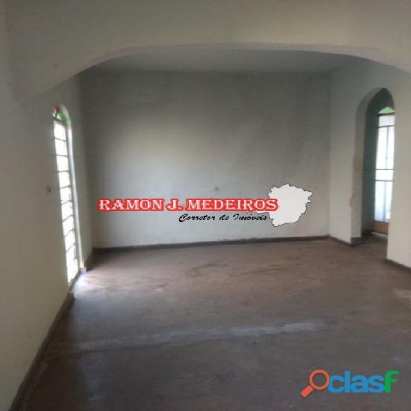 CASA 2qts em LOTE 360m² comercial BAIRRO MARIA HELENA GRANDE BELO HORIZONTE MG 17