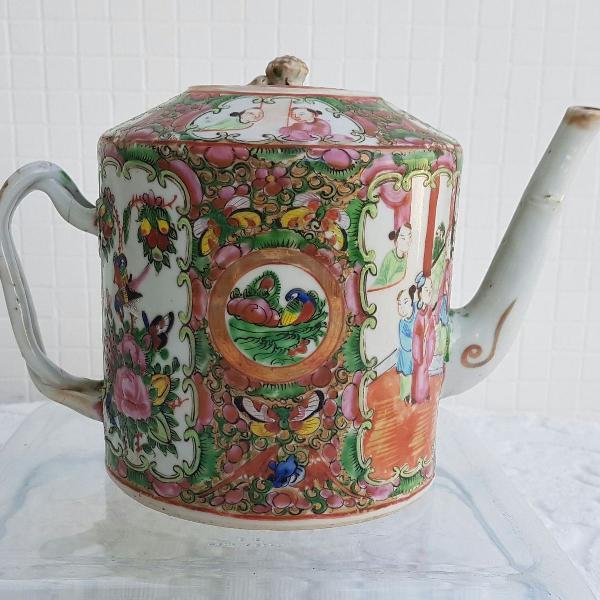 Antigo bule em porcelana chinesa mandarin - familia rosa