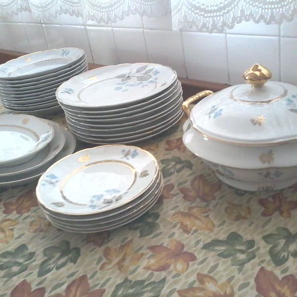 Aparelho jantar década 60 porcelana real