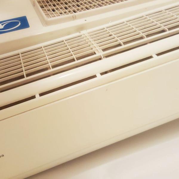 Ar condicionado split 12000 btus mideainverter - frio- 220v