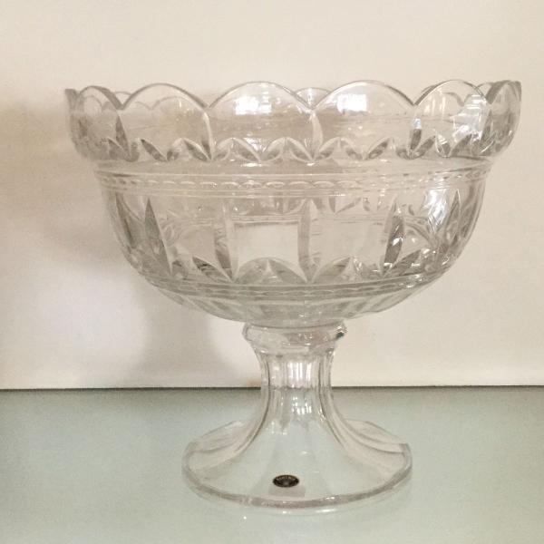 Centro de mesa com pé cristal bohemia
