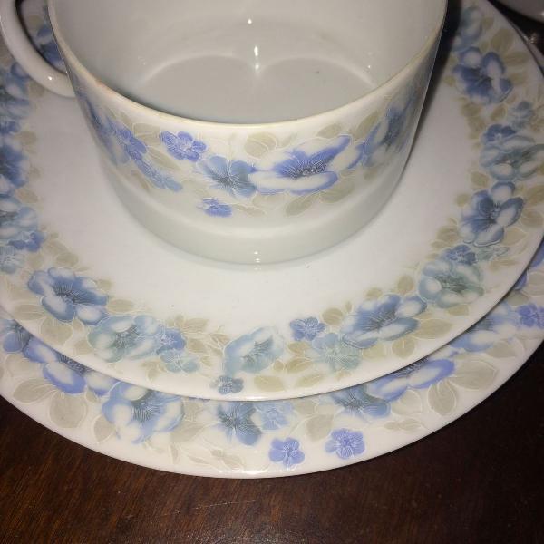 Jogo de chá e café - porcelana renner - conjunto