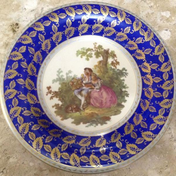 Prato de porcelana alemão antigo