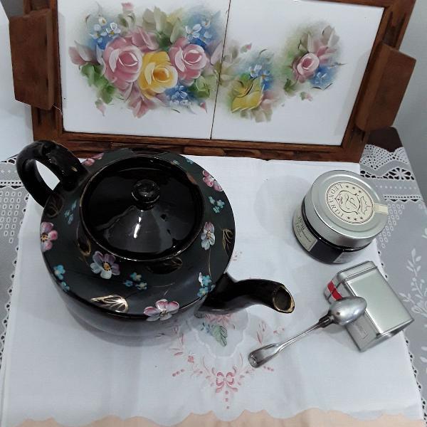 Bule chá das cinco