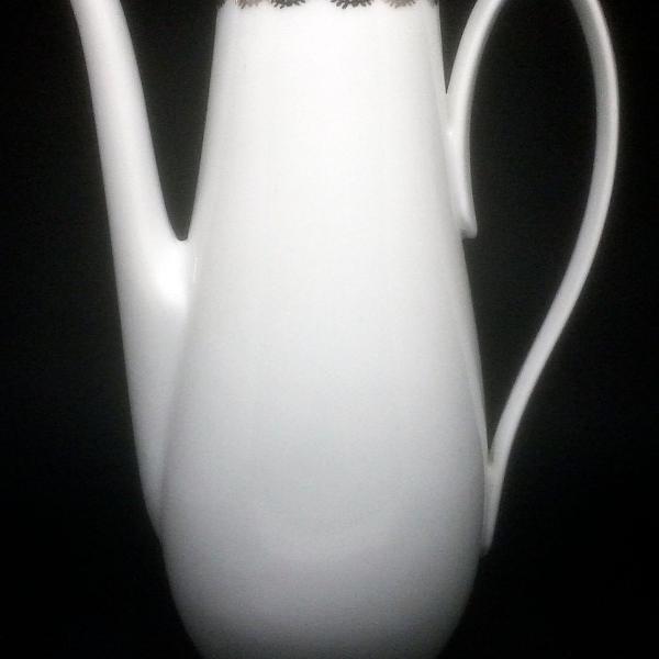 bule de porcelana antigo