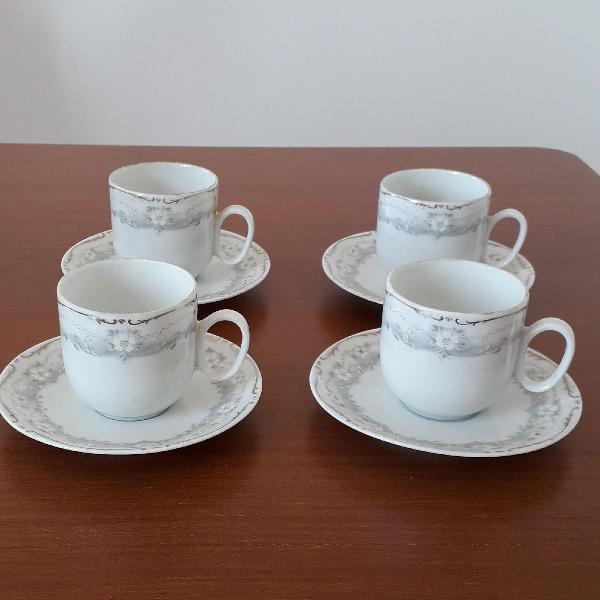 Conjunto xícaras de porcelana renner