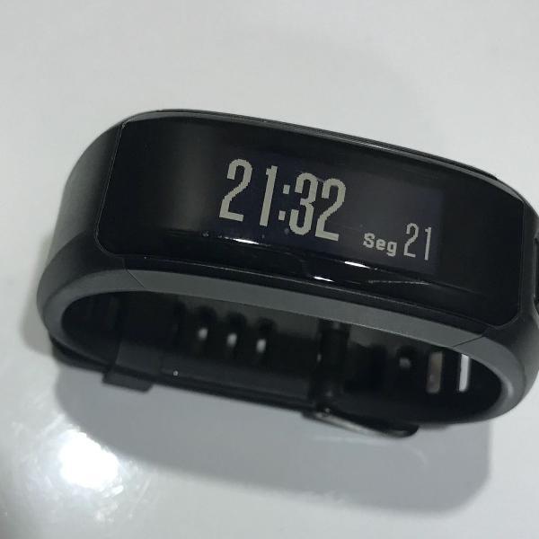 Monitor de atividades c/monitor cardíaco no pulso garmin