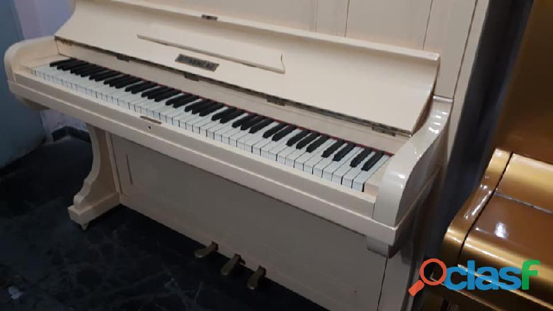 Piano Brinsmead importado