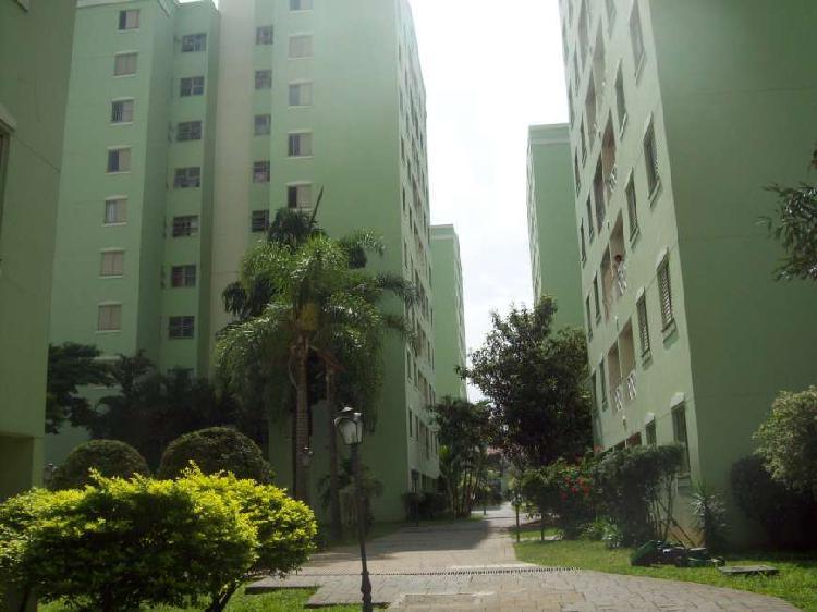 Apartamento com 20 quartos para alugar, 86 m² por r$