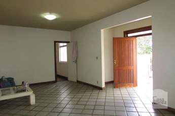 Casa com 3 quartos para alugar no bairro santa efigênia,