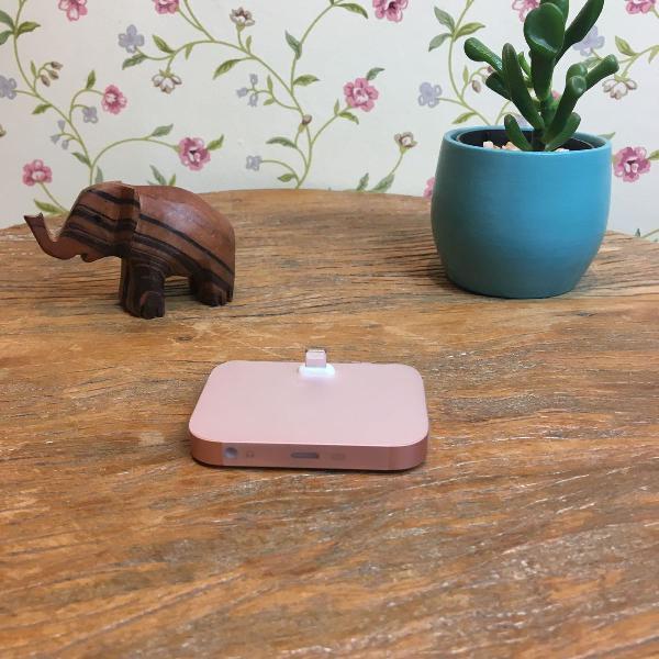 Base lightning para iphone - cor rosa