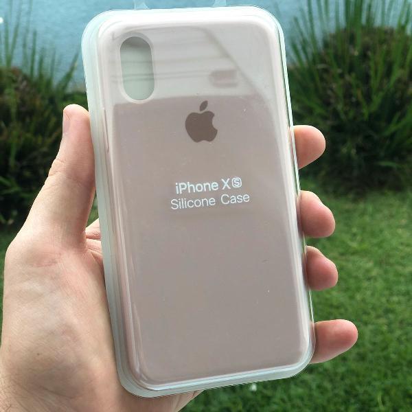 Capa iphone xs de silicone com veludo interno, super bem