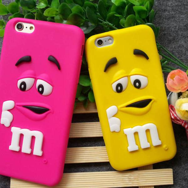 case capa emborrachada iphone 7 disney m&m's