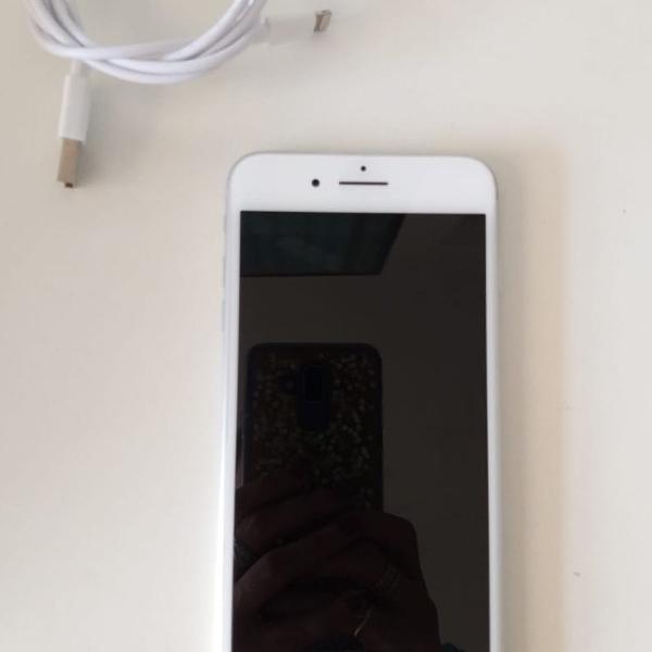 Celular iphone 8 plus 64gb excelente estado