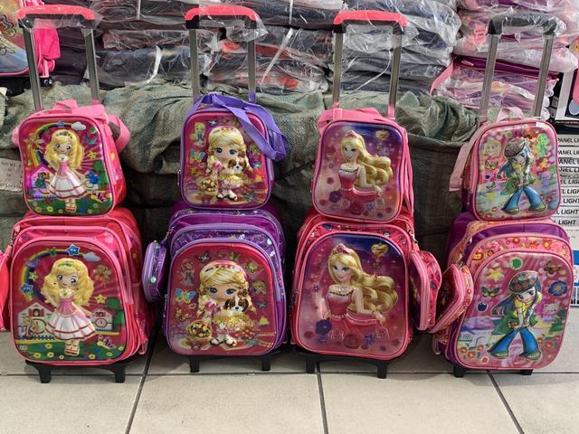 Kit mochila escolar infantil feminina princesas 3d
