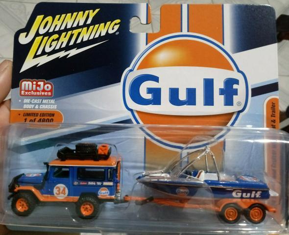 Land cruiser gulf johnny lightning