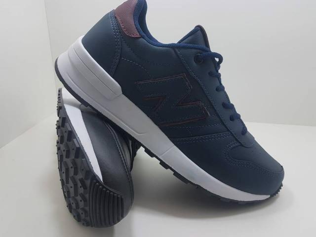Tênis new balance - azul marinho