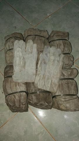60 pares luva raspa couro curta vaqueiro sem uso pra limpar