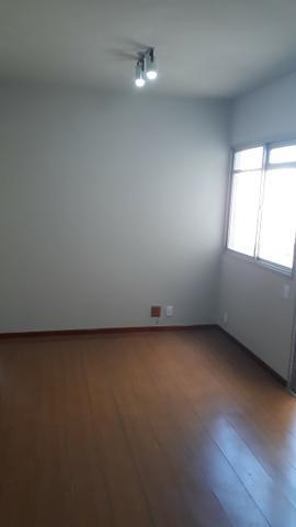 Apartamento com 2 quartos, dependências de serviços e vaga
