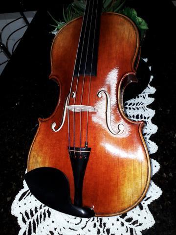 Viola de arco 42