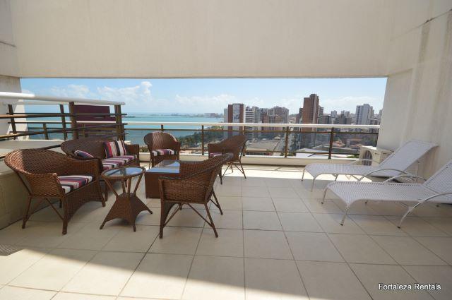 Cobertura duplex com vista mar, 3 dormitorios. 50 m do beira