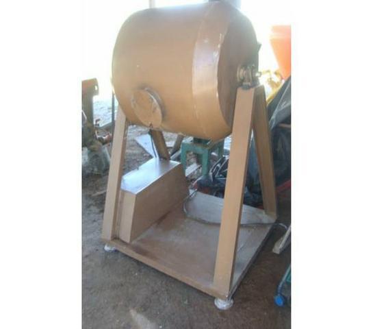Misturador p/lácteos e mistura de produtos em pó