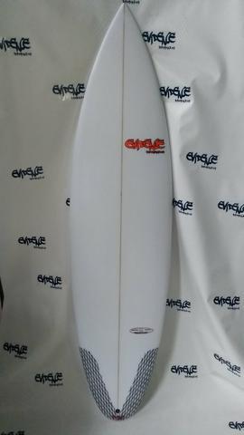 Fabricação de pranchas de surf e pronta entrega