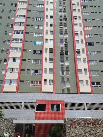 Apartamento com 2 quartos em boa viagem