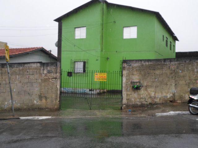 Casa 2 dormitórios próximo ao super mercado pedreira