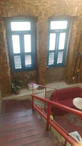 Quartos individuais no centro com ar condicionado e banheiro