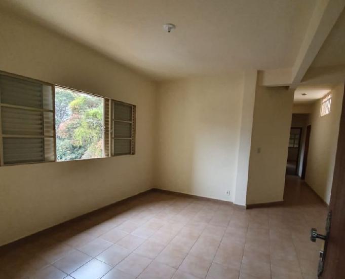 Aluguel apartamento 02 quartos - Centro - Mateus Leme-MG.