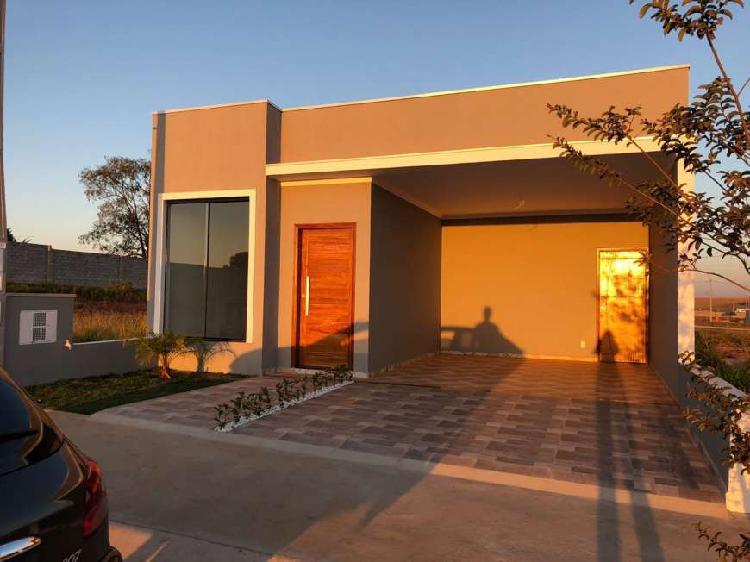 Casa de condomínio com 3 quartos à venda, 116 m² por r$