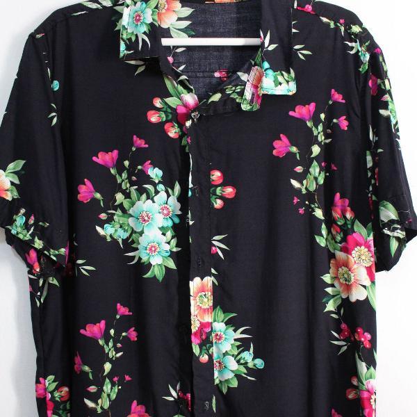 Camisa manga curta floral