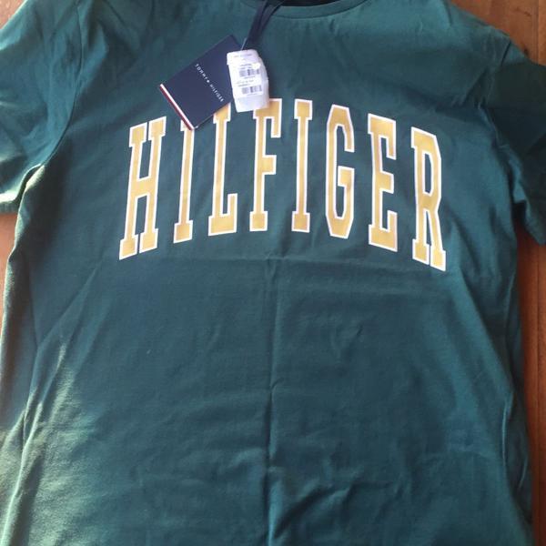 Camiseta nova, tommy hilfiger, com etiqueta