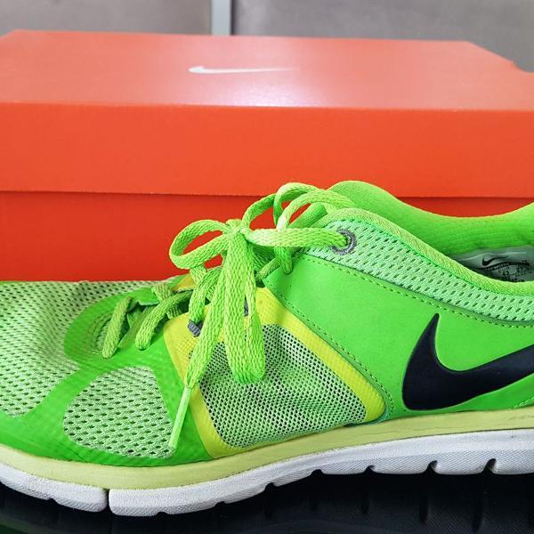 Nike flex run free