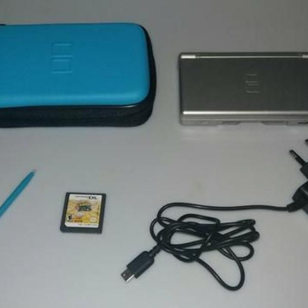 Nintendo ds lite prata + case + carregador + 1 jogo