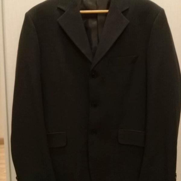 Paletó masculino cinza escuro com risca de giz número 50