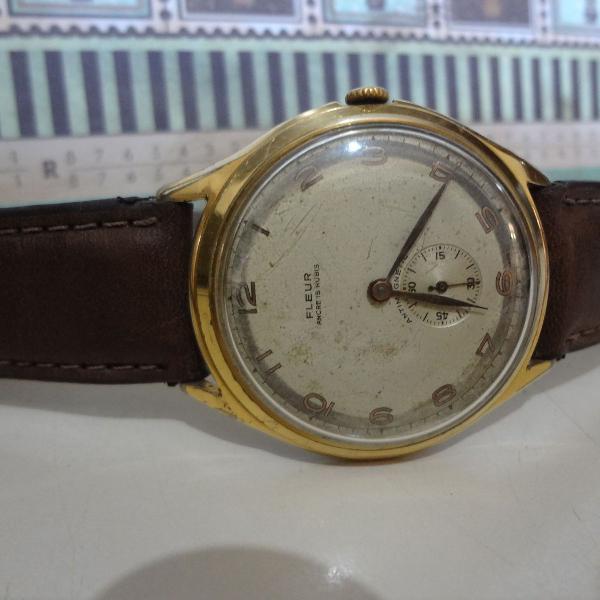 Relógio antigo fleur