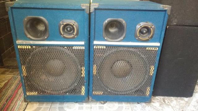 Duas caixas de som completas com rodinhas driven-twister,