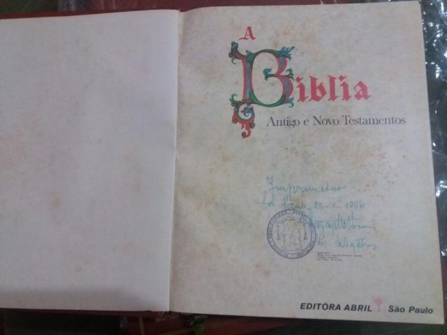 Bíblia sagrada editora abril 1968