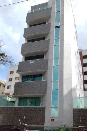 Apartamento novo 3 quartos 1 suíte closet no colégio