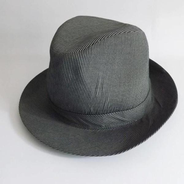 Chapéu estilo fedora
