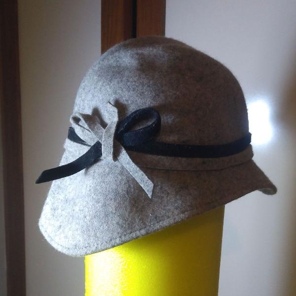Chapéu de lã italiano