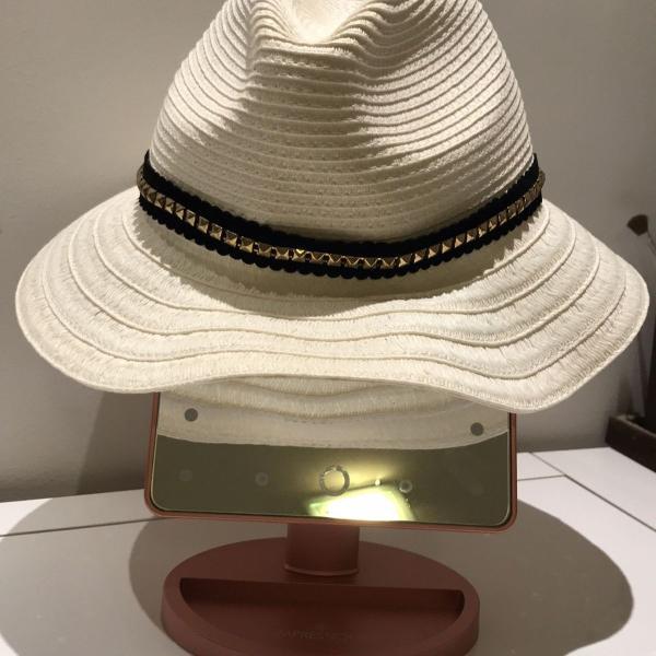 Chapéu de palha cru com faixa detalhe